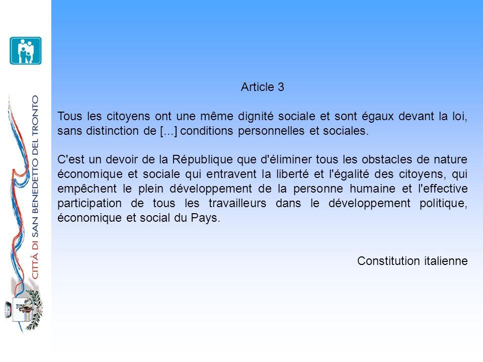 Article 3 Tous les citoyens ont une même dignité sociale et sont égaux devant la loi, sans distinction de [...] conditions personnelles et sociales.